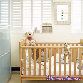Цветы в комнате новорожденного